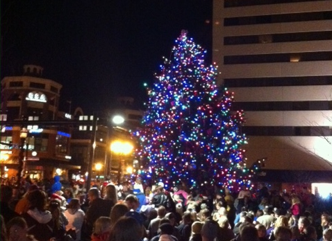 Downtown Lexington Tree Lighting Ceremony | Lily of the Valley